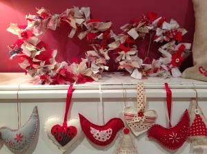 Tree decorations and fabric wreaths in varying sizes